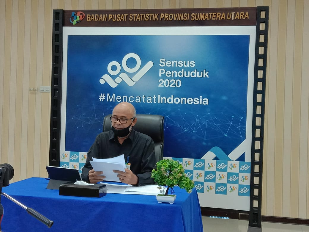 Ket. Foto : Kepala BPS Sumut, Syech Suhaimi memaparkan perkembangan perekonomian secara live streaming di channel youtube BPS, Senin (4/5/2020).(ist)
